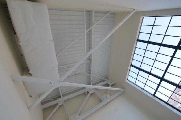 lindbergh I bedroom ceiling
