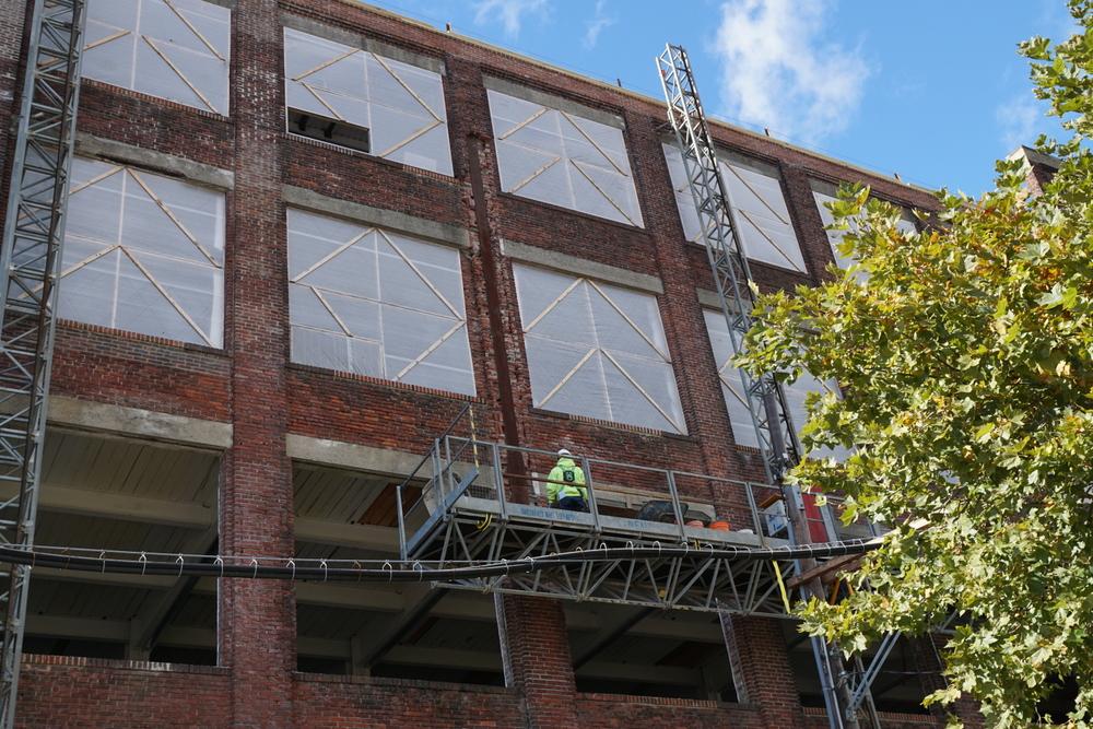 facade_restoration_in_progress